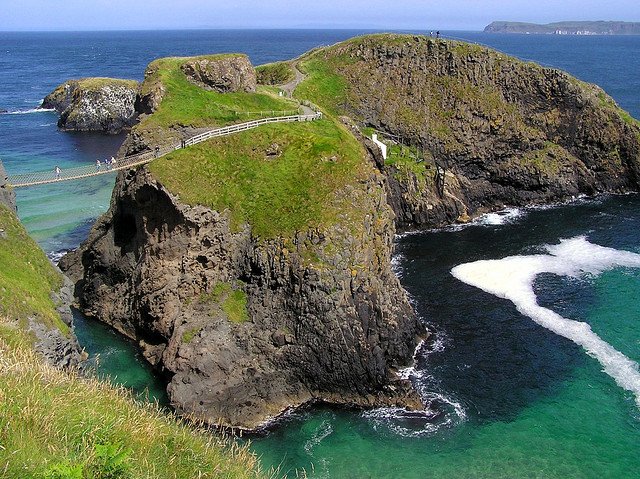 Rope bridge in Northern Ireland - Sightseeing tours