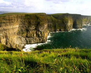 Cliffs of Moher in Clare - Sightseeing tours for non-golfers